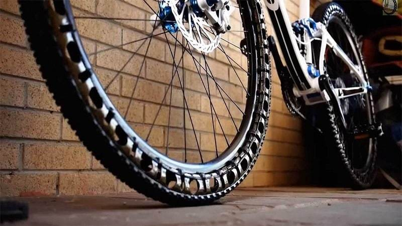 Best Mountain Bike Tires Review with Buying Guide