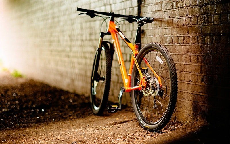 Best Mountain Bikes Under 2000 Dollars - Reviews with Buying Guide - Compressed