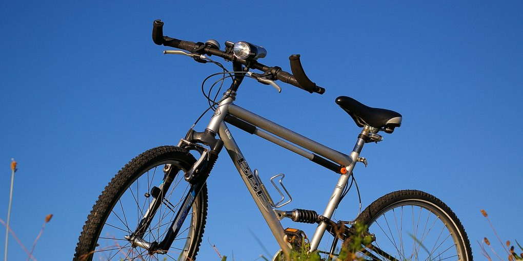 Things to Consider Before You Buy a Mountain Bike Fork | MTBs Lab