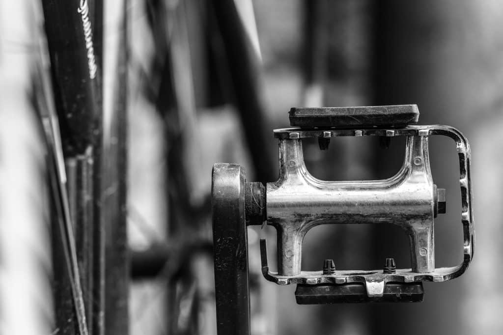 The 10 Best Mountain Bike Flat Pedals with Buying Guide